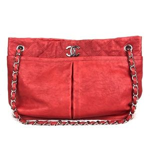 CHANEL   Natural Leather Beauty Tote in Red
